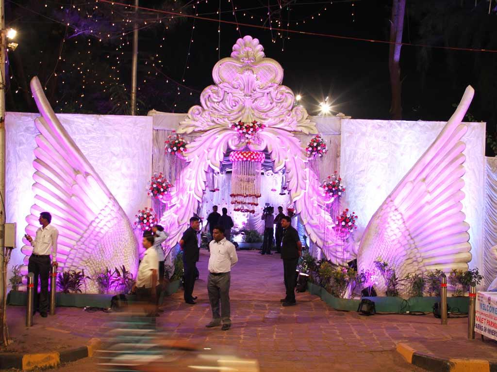 Weddings at parsi gymkhana dadar venue decoration jess ideas entrance gate decoration for grand wedding at parsi gymkhana junglespirit Choice Image